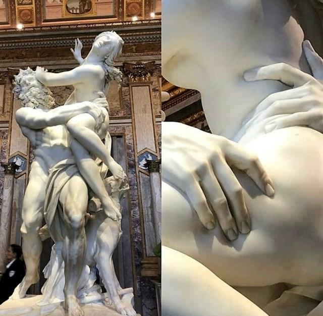 """""""Ratto di Proserpina"""" - kamena skulptura iz 1621. godine. Napravio ju je Talijan Lorenzo Bernini, imao je samo 23. godine"""
