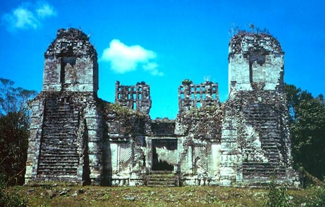 Kako je propala civilizacija Maja?