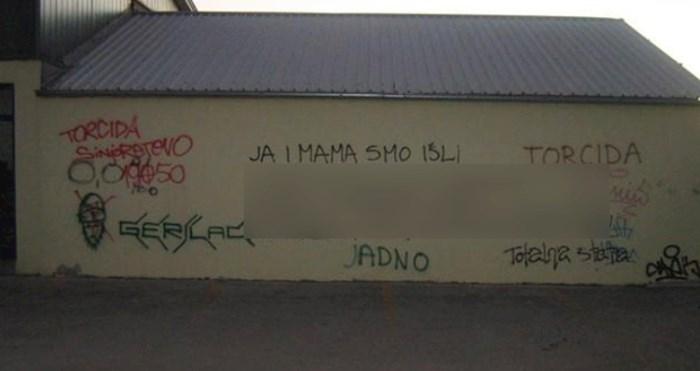 Ljudi na Redditu kažu da ih dugo grafit nije nasmijao kao ovaj iz Dalmacije