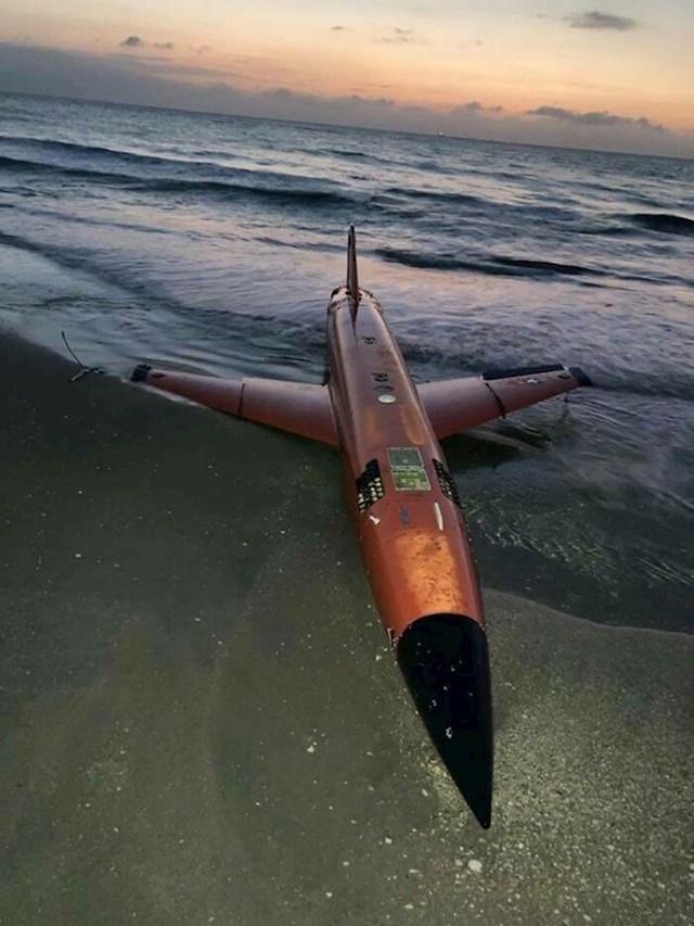 Na plaži su pronašli dron američke Mornarice