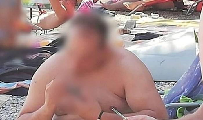 Obitelj se na plaži skroz udomaćila i nasmijala društvene mreže, pogledajte čime su se bavili