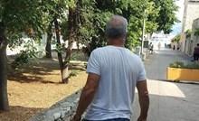 U Dalmaciji su fotkali ovog lika koji ne mari za nametnuta pravila odijevanja, evo čemu su se čudili