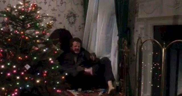 Zašto Harry nije pogledao kuda staje kada je provalio u kuću?