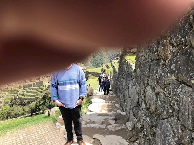 """""""Slika mene koju je tata uslikao na Machu Picchu..."""""""