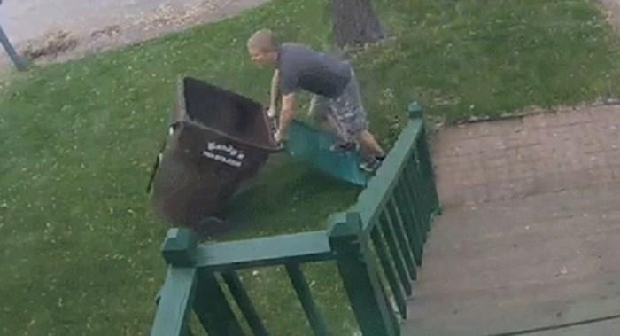 Išao je iznijeti smeće, a smetlari su skoro i njega odnijeli