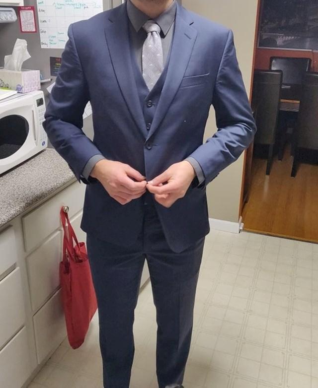 """""""Tražio sam odijelo za vjenčanje i našao ga za 20 dolara!"""""""
