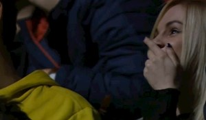 Ova cura će do kraja života pamtiti ovu utakmicu, pogledajte što joj je učinio kamerman