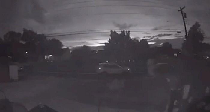 Nakon što su vidjeli snimku nadzorne kamere poželjeli su se odseliti iz svoje kuće