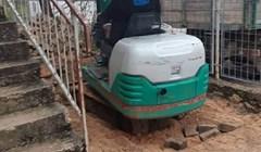 Posao ne pita za vremenske neprilike, pogledajte kako se snašao ovaj građevinski radnik