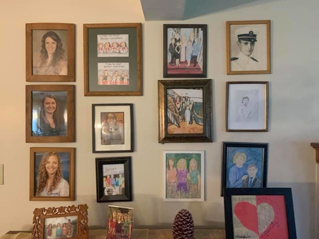 sedmi dan su na red došle božićne obiteljske fotografije