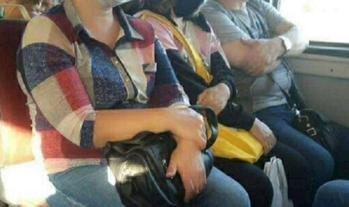 Ovi ljudi su nasmijali ostale putnike u autobusu, nitko od njih nije pravilno nosio masku