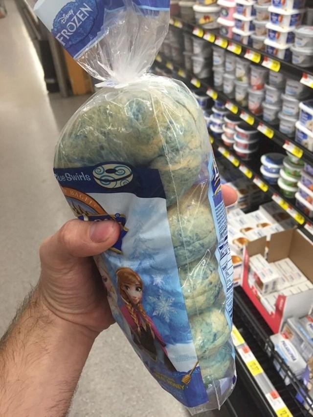 Kruh koji izgleda kao da ga je napala plijesan