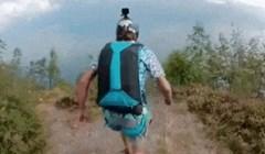 Skok s padobranom od kojeg će vam se opasno zavrtjeti u glavi