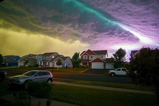 Ovo je snimljeno nekoliko minuta prije velike oluje