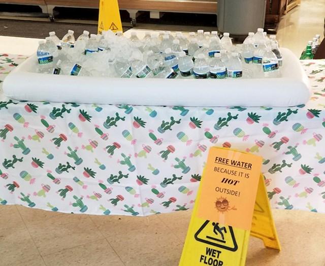 Besplatne boce vode
