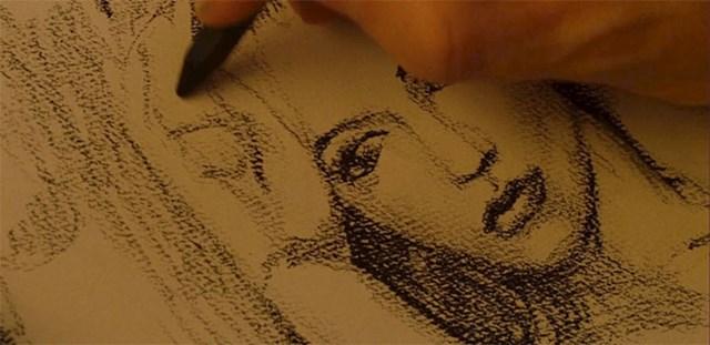U filmu se pojavljuje portret Rose kojeg je naslikao Jack
