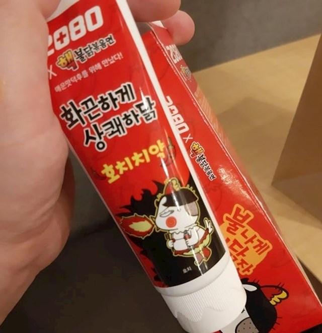 Možete kupiti pastu za zube s okusom začinjene piletine