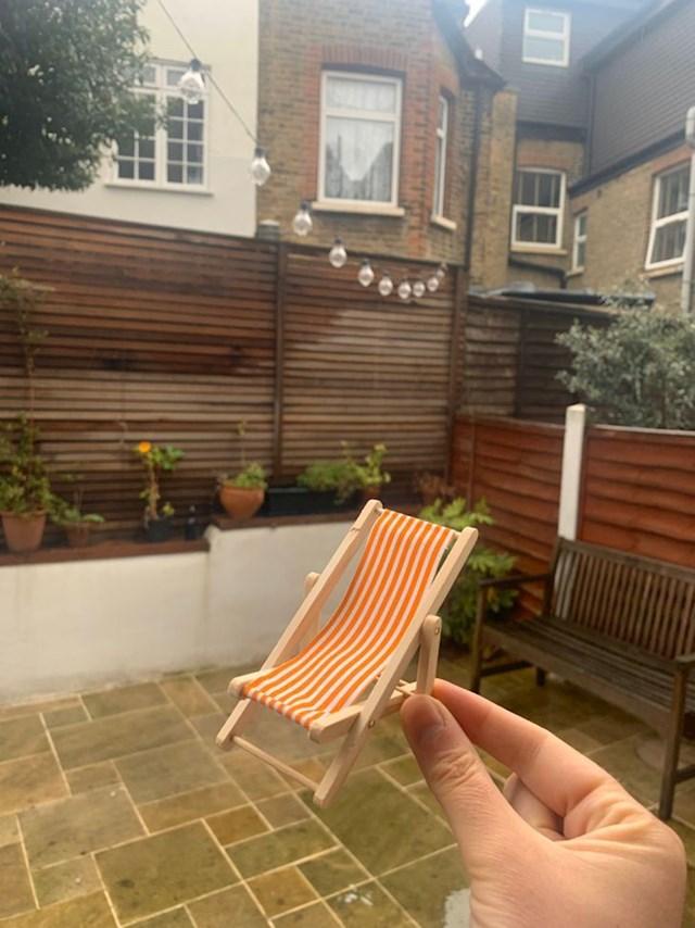 """""""Moj cimer je s eBaya naručio ležaljku za vrt.  Upravo je stigla ..."""""""