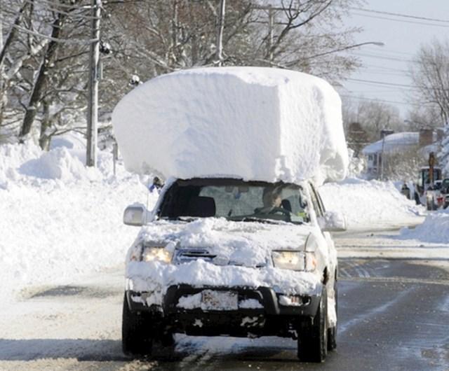 Kad ima toliko snijega da se više ni ne obazireš...