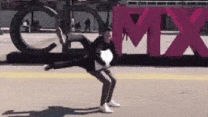 Dva lika snimila su neobičan ples koji malo tko može izvesti, ovo je ludo