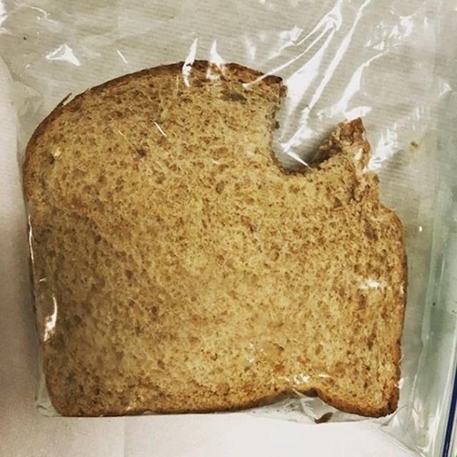 Spremio je supruzi sendvič, ali ga je i prije toga degustirao :D