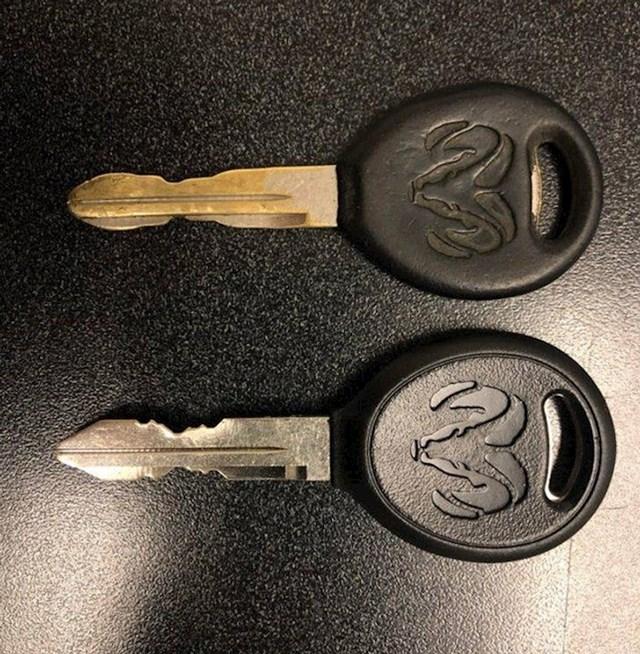 Novi ključ i 16 godina star ključ od automobila