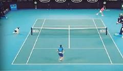 Rafael Nadal slučajno pogodio djevojčicu lopticom i učinio nešto preslatko