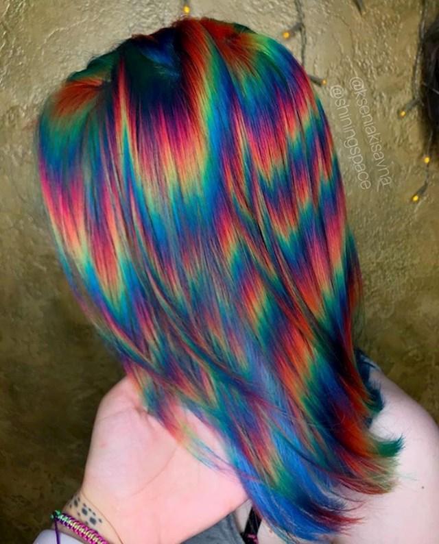 Ovu frizuru sigurno nije lako napraviti