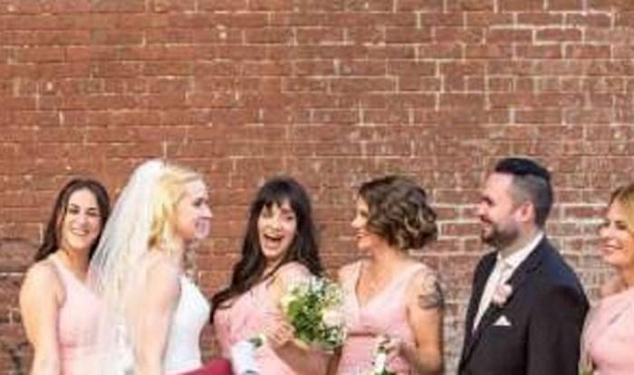 Ovo je trebala biti predivna fotografija vjenčanja, ali zbog jedne slučajne prolaznice fotka je hit