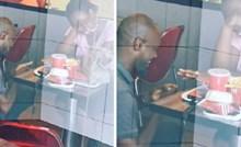 Žena je ismijala čovjeka jer je zaprosio djevojku u restoranu brze hrane, ljudi su reagirali i dogodilo se nešto prekrasno