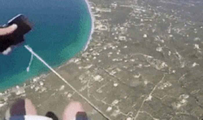 Lik je htio snimati skok s padobranom, dugo će se sjećati ove katastrofe