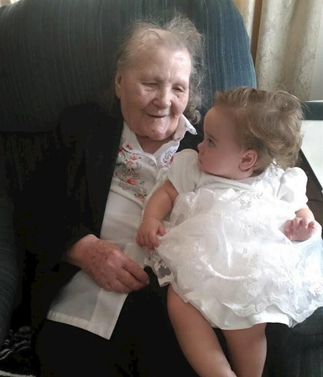 """""""Moja bakica navršila je 96 godina danas"""""""