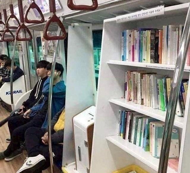 Knjižnica u javnom prijevozu
