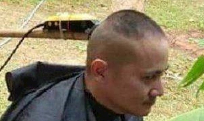 Frizer je smislio kako ošišati ljude i održati socijalnu distancu, ovo je urnebesno