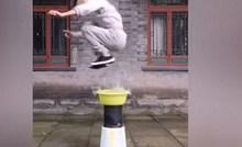 Nevjerojatno je što ovaj Kung Fu ratnik može napraviti sa svojim tijelom, pogledajte kako s lakoćom postiže nemoguće