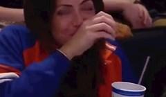 Kamera na utakmici snimila ju je dok je činila nešto odvratno, posramila se kad je shvatila da je uhvaćena