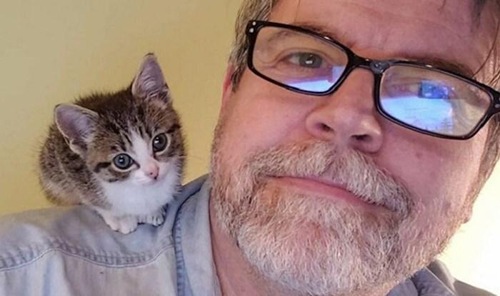Ljudi objavljuju selfije s ljubimcem na ramenu i to je nešto najslađe što ćete vidjeti danas