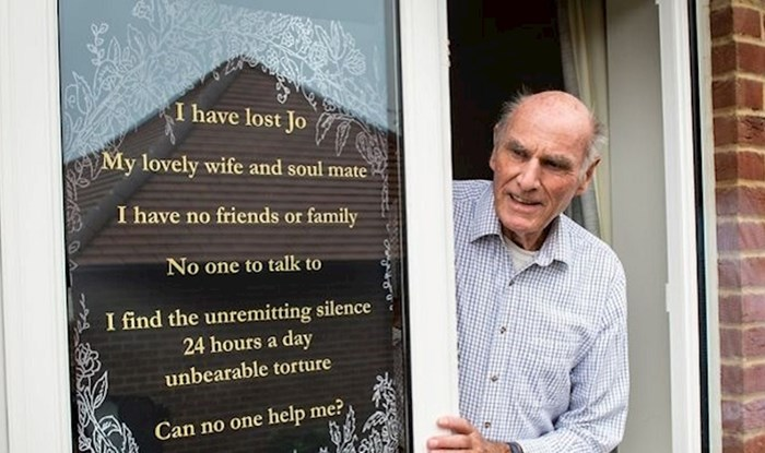 Ovom čovjeku supruga je umrla od raka, postavio je znak da traži prijatelje jer je usamljen