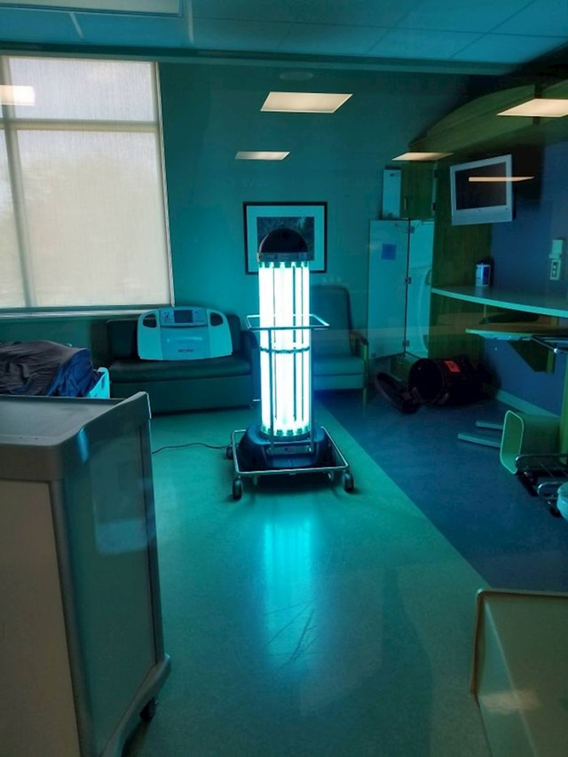 UV svjetlo koje se koristi u bolnicama za dezinfekciju prostora