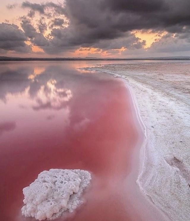 Ružičasto jezero Hillier u Australiji