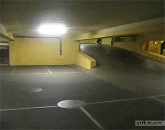Zašto ne skejtati u javnim garažama
