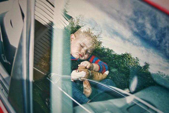Dadilja je otkrila šokantan razlog zbog kojeg joj više ne pada na pamet primati djecu koja spavaju