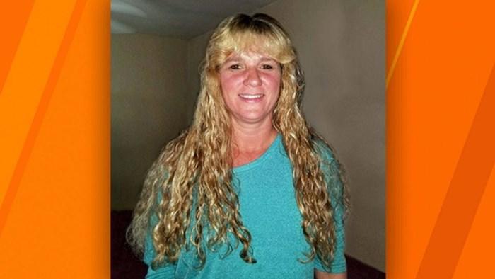VIDEO Mama je 35 godina imala istu frizuru, kći nije mogla vjerovati svojim očima kad je vidjela njen novi izgled
