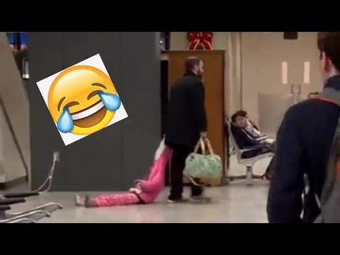 Djevojčica nije htjela poslušati oca, a on se poslužio trikom i pobijedio u svađi