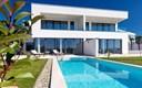 Crikvenica, atraktivna kuća s bazenom na privlačnoj lokaciji
